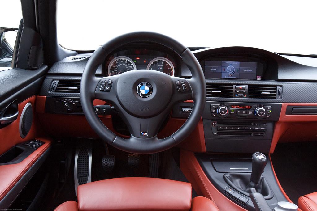 BMW e90 M3 interior - driver's perspective | 2008 BMW M3 Sed