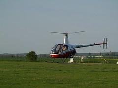 091 Vrtulník a Michal Raudenský přistávají