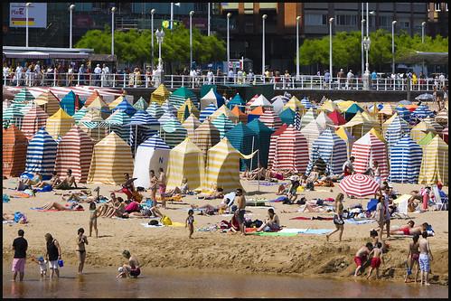 Playa de San Lorenzo, Gijón | by Pilar Azaña Talán 
