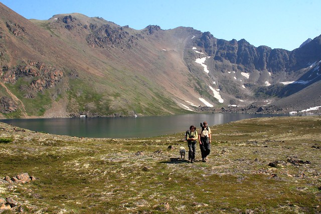 Two hikers leaving Rabbit Lake
