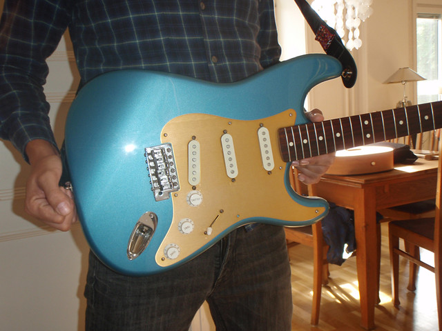 MIM '93 Lake Placid Blue Gold Anodized Pickguard
