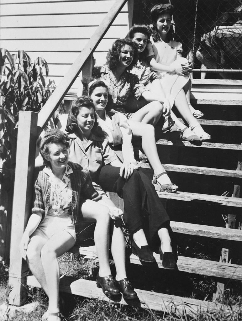 War brides, 1943
