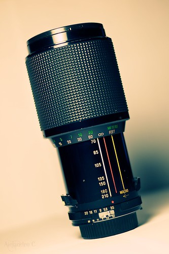 70-210mm f/3.5 Vivitar Series 1 (Kiron) | by C. Strife