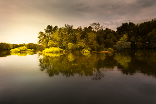 trees light sunset summer sky usa reflection green nature water wisconsin clouds river landscape geotagged outdoors island photography gold evening photo midwest sundown image dusk picture atmosphere explore northamerica fulton canonef1740mmf4lusm beack canoneos5d flickrexplore rockcounty indianford lorenzemlicka geo:lat=42786128 geo:lon=89129419