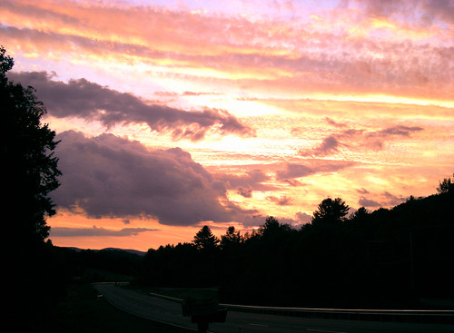 "sunset usa mountain public montagne geotagged nikon vermont newengland wilmington coucherdesoleil nouvelleangleterre mountolga guillaumeboisseau ""nikonflickraward"" coolpixs510 geo:lat=42854921 geo:lon=728144"