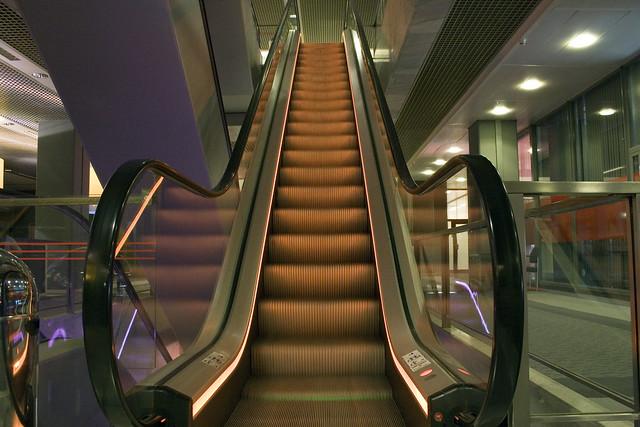 Escalator orange