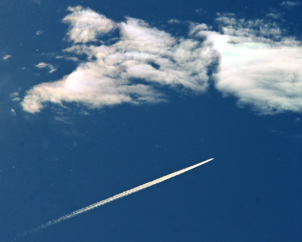 Reach For Clouds >> Reach For The Clouds 214 365 A High Flying Aircraft An Flickr