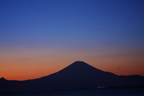 bluehour mtfuji sunsets kugenemabeach kanagawa japan
