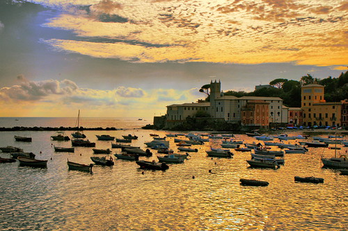 light sunset sea sky italy cloud seascape colour gold boat italia dusk liguria portobello sestrilevante portobellobay goldentones worldbest natureselegantshots dragondaggerphoto saariysqualitypictures oracoob baiadiportobello