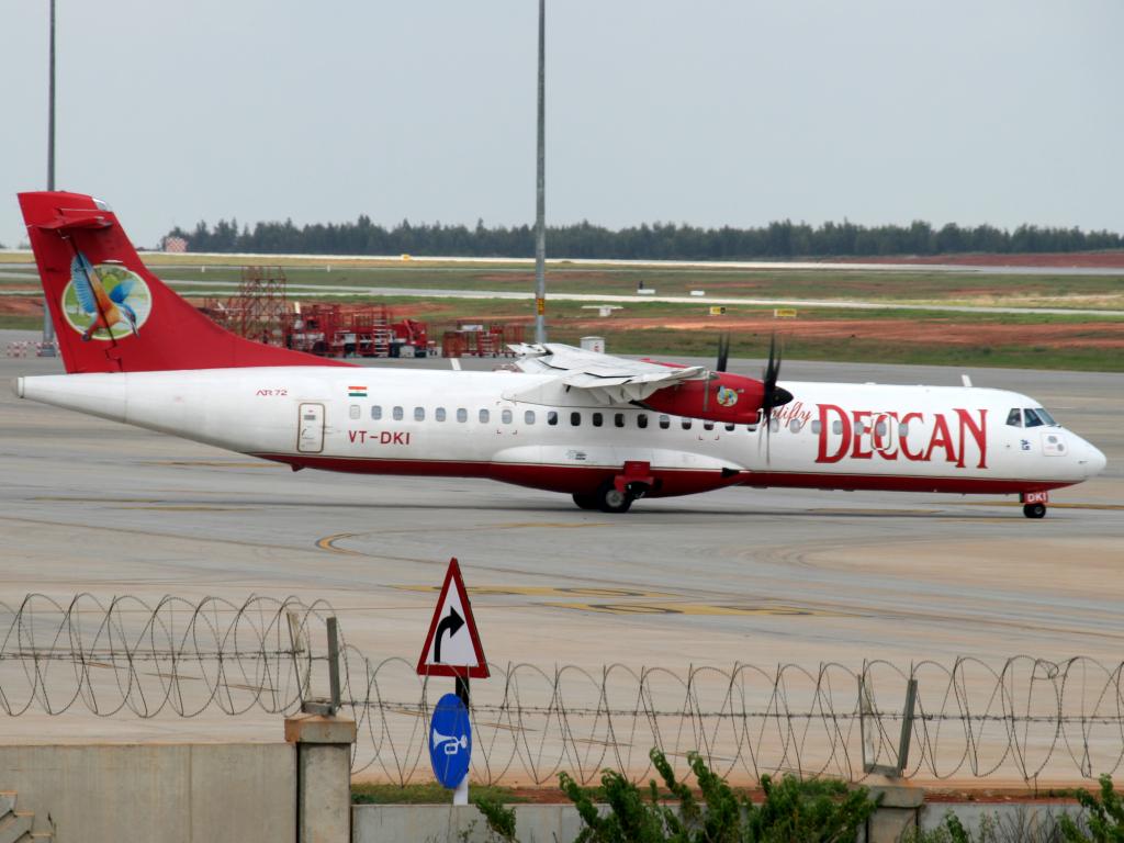 Simplifly Deccan ATR72 VT-DKI | Aiel | Flickr
