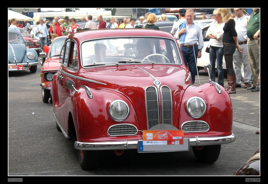 1954 - 1961 BMW 502 (01)   The BMW 501 was a large six ...