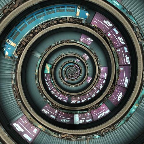 Spiral Train | by vitroid