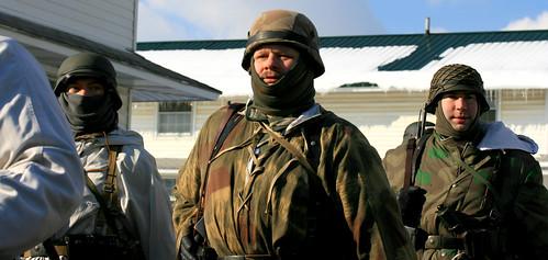 portrait pennsylvania gis wwii helmet battle ww2 soldiers uniforms 2009 reenactment kawkawpa worldwar2 battleofthebulge soldats fortindiantowngap img1518