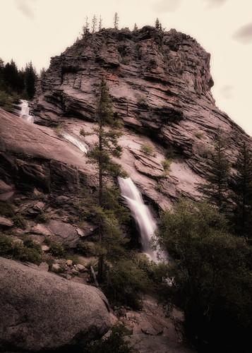 park mountain nature creek landscape rockies waterfall nikon colorado rocks veil nps rocky falls national ethereal co rmnp bridal 2009 enhanced sentimental cowcreek d300 clff