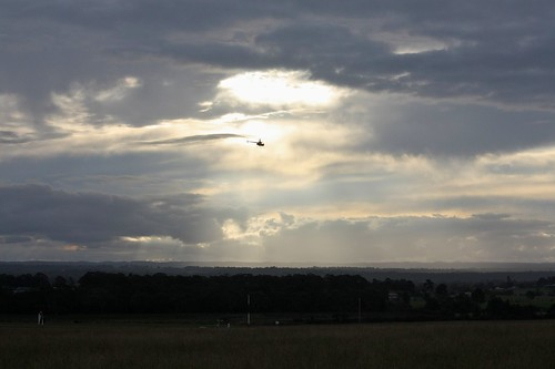 sunset sky clouds work flying time camden australia helicopter nsw vehicle camdenairport canoneos450d canonefs55250mmf456is