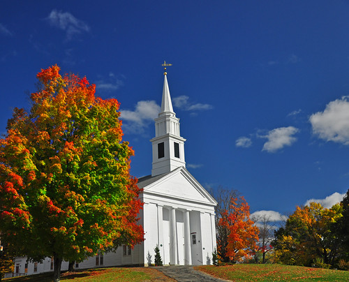 blue autumn red sky color fall church yellow clouds massachusetts newengland steeple foliage firstcongregationalchurch brimfield brimfieldma supershot impressedbeauty