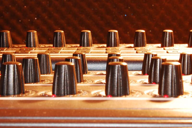 OVNI - Controller