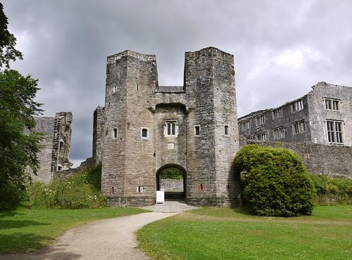 Berry Pomeroy Castle | by WhiteGoldWielder