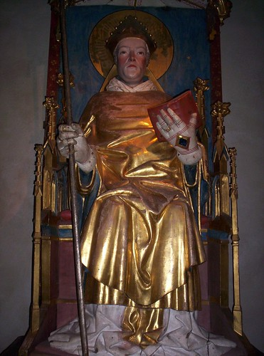 Wooden statue of english martyr Thomas Becket | by Someday man
