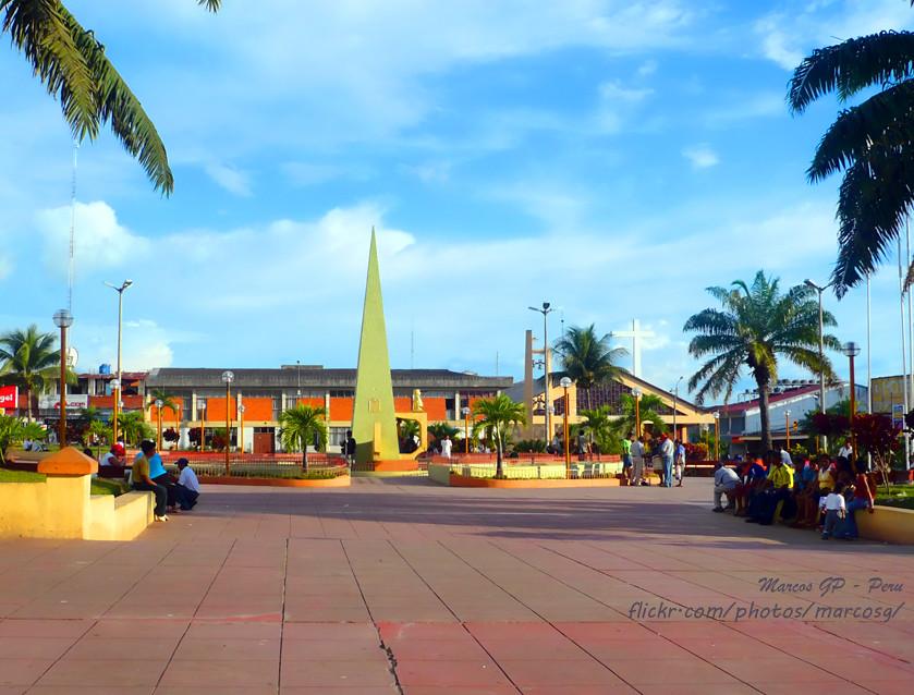 fotos de la plaza de armas de tarapoto