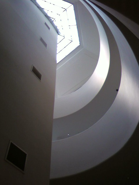 4.Guggenheim-Little Rotunda-Tusa