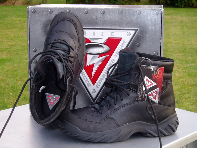2e5988cd71a02 ... Oakley S.I. Assault Boot™ 6 Inch Black  Standard Issue Military  Version