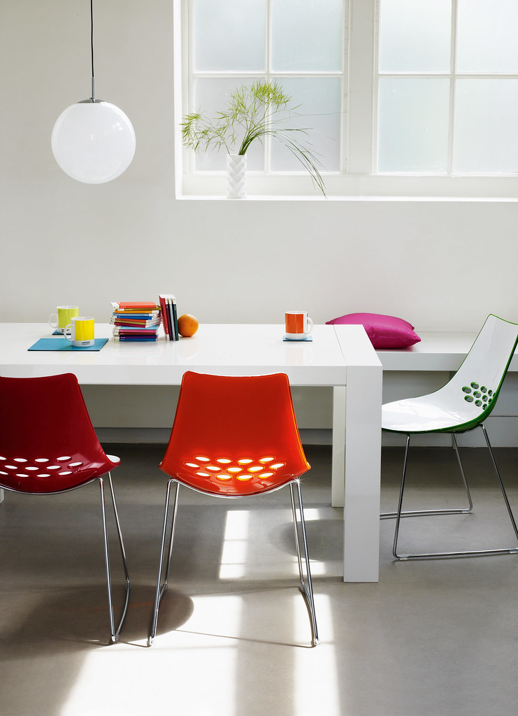 Modern Dining Table And Jam Chairs The Calligaris Modern