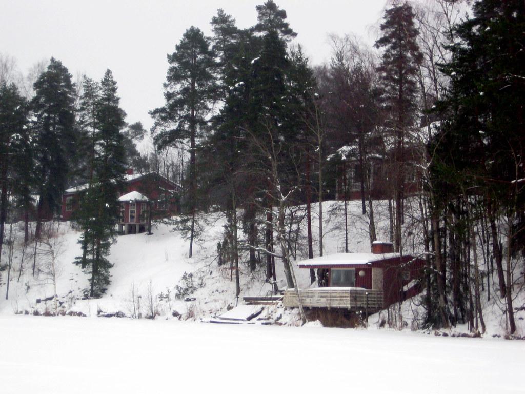 La sauna, la masion y demas edificios by Conchi (still here)
