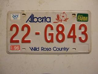 ALBERTA 1996 ---FARM TRUCK PLATE #22-G843