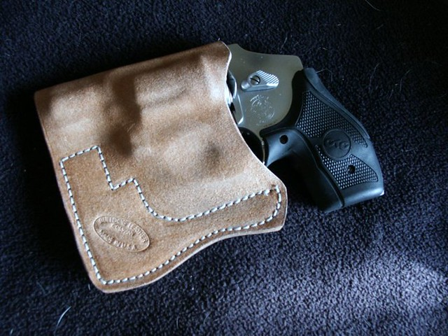 J Frame Pocket Holster Natural | Bulldog Custom Gun Leather