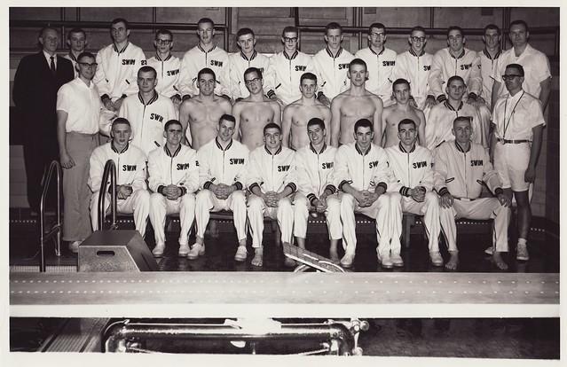 1961-1962 U of M Swimming Team
