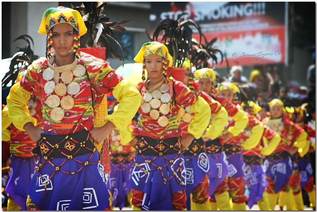 Davao Kadayawan 2009 - Manobo Tribe | The Manobos, commonly
