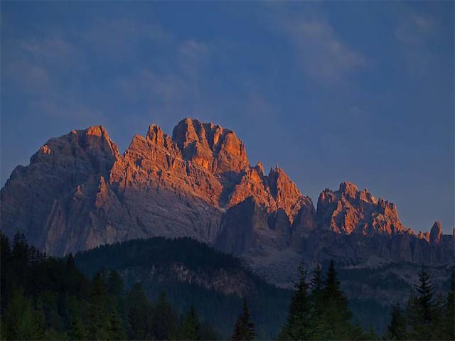 prime luci sul Cristallo  / first lights on the Monte Cristallo