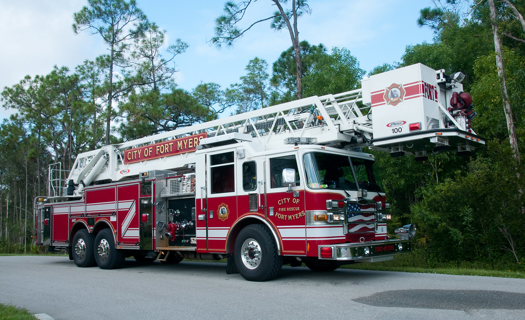 ... City of Fort Myers Fire Department, Florida - Ladder Co 16 | by Timothy Wildey