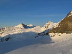Ranní postavičky ve stínu Jungfrau