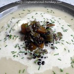 Cauliflower Soup with Beluga Lentils & Chives