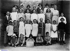 Long Plains School 1915