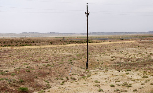 floy desert powerline powerpole berm embankment railroad abandoned abandonment mystery landscape topography h600h geotagged landscapemystery utah dbnotes