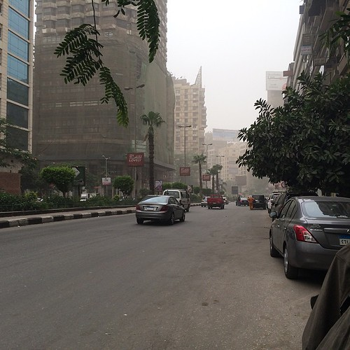 Dust storm in #Giza and #Cairo, in fact all over #Egypt accompanied with extreme hot weather. #Citizenjournalism #Blogger #Egyweather | by Kodak Agfa