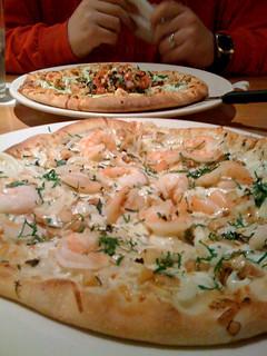 Shrimp scampi pizza   by quinn.anya