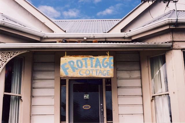 Frottage Cottage