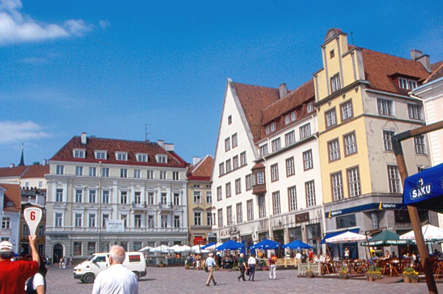Tallinn - City Hall Square