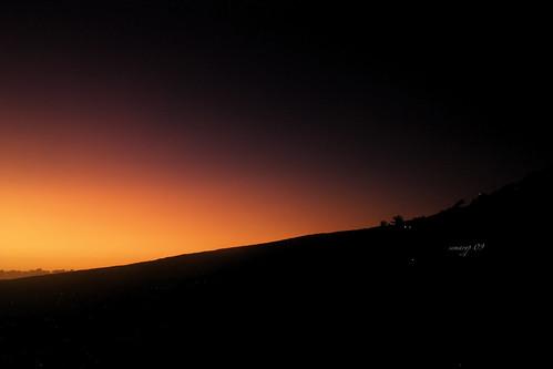 light red sea sun mer mountain reflection reunion montagne sunrise landscape rouge island coast soleil town ray view lumière north violet côte relief reflet rayon vue ville nord stdenis lever aurore semaryp