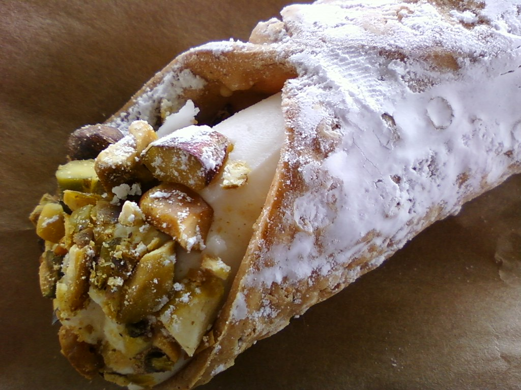 Leave the umbrella  take the cannoli!