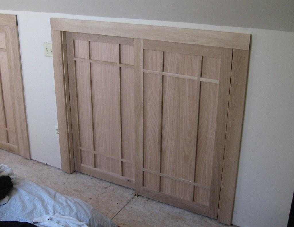 Superieur 2/09 Craftsman Closet Doors | Craftsman Style Oak Bypass Clo ...