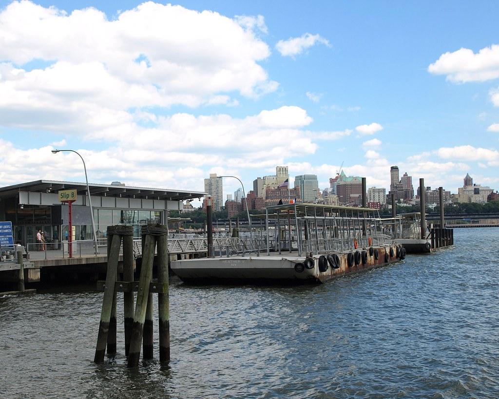 Pier 11 / Wall Street Ferry Terminal, East River, New York