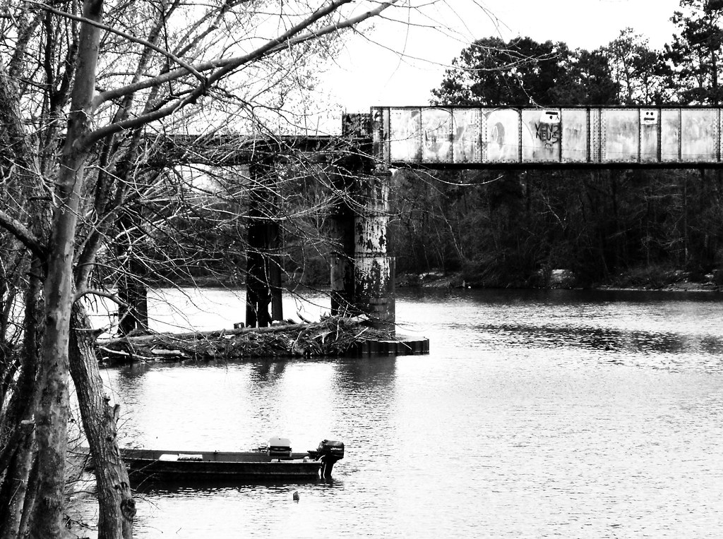 Railroad Bridge, San Jacinto River at US 59 0225091448