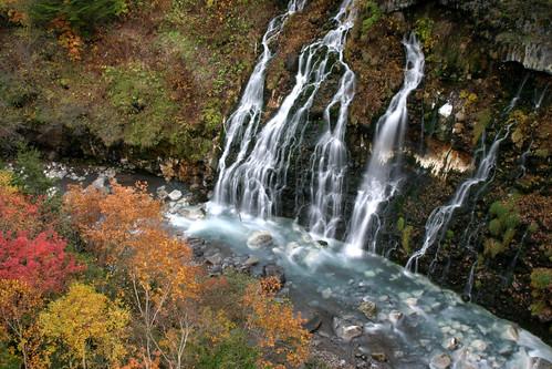 autumn fall colors leaves japan canon river aj eos waterfall scenery kiss hokkaido foliage 北海道 日本 biei 滝 美瑛 brustein 白髭