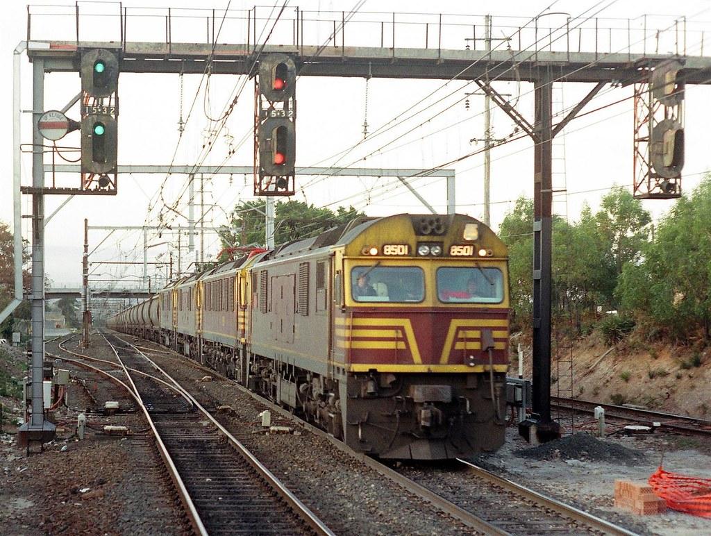 028-20 1990-08-18 8501 85xx 85xx and 85xx at Sutherland by David Johnson