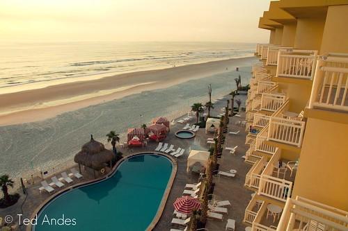 beach sunrise hotel florida sony may fl daytona shores a700 16105mm
